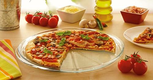 Pr t pour un t sportif avec le plat pizza par pyrex for Plat convivial ete
