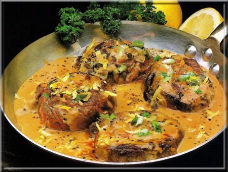 Tournedos la cr me et au poivre vert a vos assiettes - Cuisiner tournedos de boeuf ...