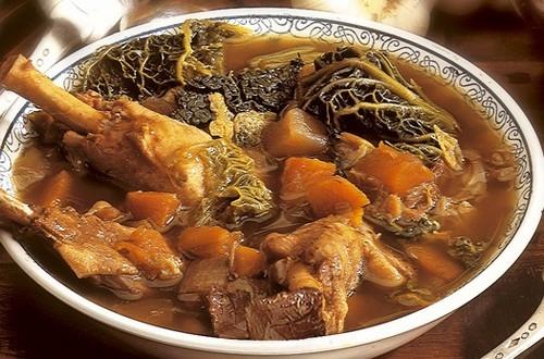 soupe-au-chou-confit-canard