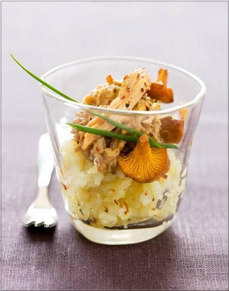 verrine-de-rillettes-de-poulet-roti-en-cocotte-champignons-et-pommes-de-terre-ecrasees-