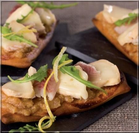 tarte-flambee-au-munster-haddock-fume-et-creme-d-echalotes-caramelisee