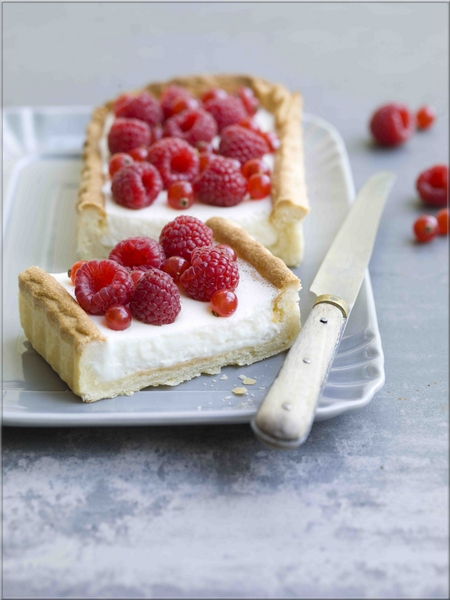 tarte au fromage blanc et framboises a vos assiettes recettes de cuisine illustr es. Black Bedroom Furniture Sets. Home Design Ideas
