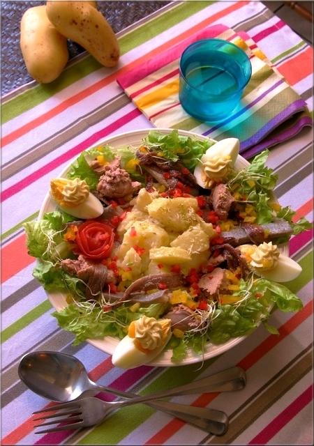 salade pique nique de princesse amandine a vos assiettes recettes de cuisine illustr es. Black Bedroom Furniture Sets. Home Design Ideas