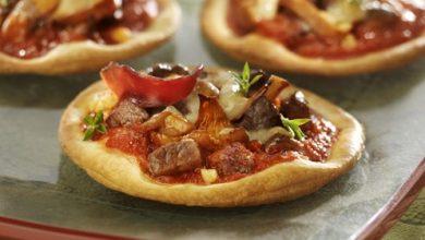 Photo de Pizza au Magret de Canard et Sauce Pizza Topping aux Champignons Mutti