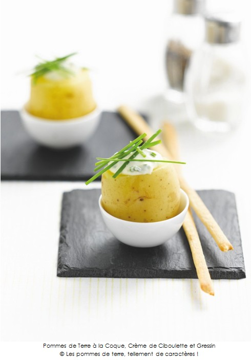 pommes de terre la coque cr me de ciboulette et gressin a vos assiettes recettes de. Black Bedroom Furniture Sets. Home Design Ideas