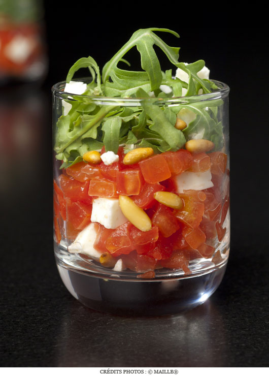 tartare_tomates_roquette_pignons