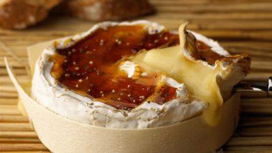 Photo de Camembert tiède au caramel poivré