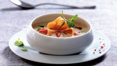 Photo de Soupe froide de yaourt grec et saumon fumé Delpeyrat