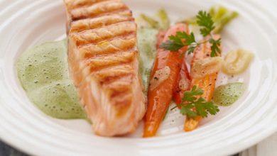 Photo de Pavé de Saumon Écossais Label Rouge à l'émulsion de cresson, carottes à l'ail