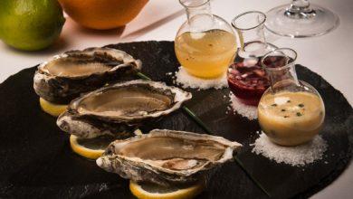 Photo de Huîtres crues et leurs vinaigrettes parfumées