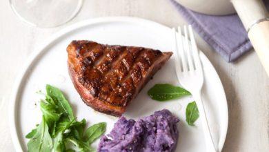 Photo de Magret de canard, caramélisé au confit de violette