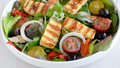 Photo de Salade de jeunes pousses & Grillis au barbecue