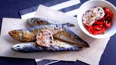 Photo de Sardines et poivrons grillés, beurre composé