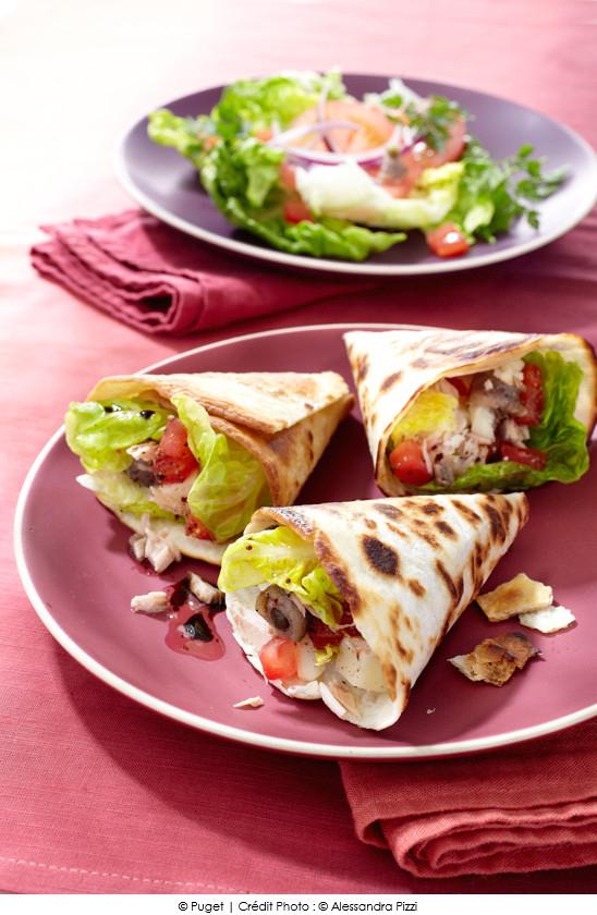 tacos_facon_pain_bagnat_tomates_thon_anchois_fromage_de_brebis