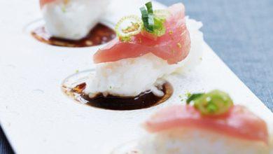 Photo de Sushis de thon rouge, sauce chicorée et gingembre