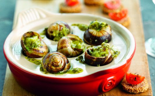 escargots de bourgogne la sauce aux herbes a vos assiettes recettes de cuisine illustr es. Black Bedroom Furniture Sets. Home Design Ideas