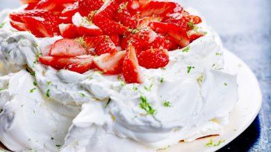 Photo de Pavlova aux fraises de France