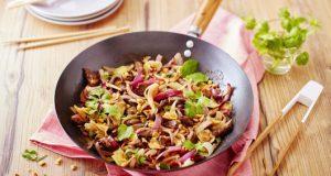 wok-de-boeuf-saute-aux-deux-oignons-2