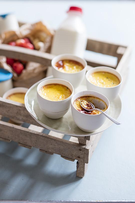 ufs au lait au miel de ch taignier a vos assiettes recettes de cuisine illustr es. Black Bedroom Furniture Sets. Home Design Ideas
