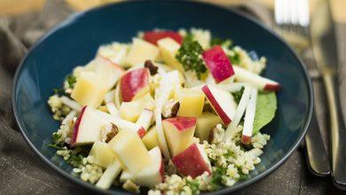 Photo de Salade de pousses d'épinards, boulgour, Emmental de Savoie, pomme & sa vinaigrette noisette