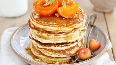 Photo de Pancakes au lait de chèvre Lactel® et abricots rôtis au miel