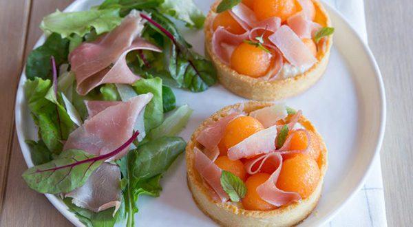 Tartelettes aux billes de melon & Jambon cru Aoste