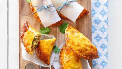 Photo de Empanadas au poulet, curry, coriandre et lait de coco