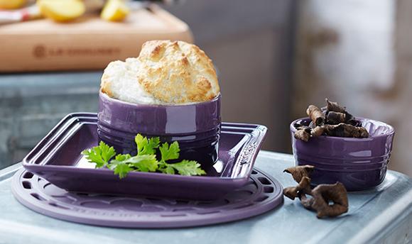 souffl de pommes de terre aux champignons a vos assiettes recettes de cuisine illustr es. Black Bedroom Furniture Sets. Home Design Ideas
