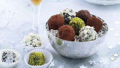 Photo de Truffes au chocolat en habit divers
