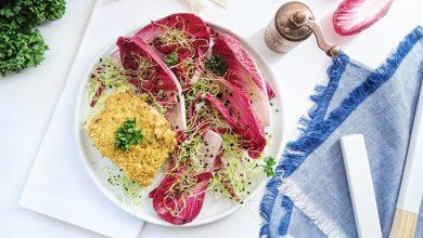 Photo de Pavés de cabillaud en croûte et salade carmine