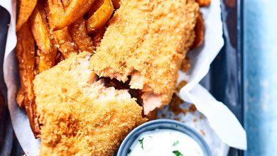 Photo de Fish and chips de truite, frites de patates douces aux épices