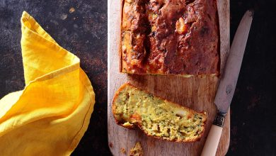 Photo de Cake moelleux à la courgette, au curry et à la tomme de chèvre