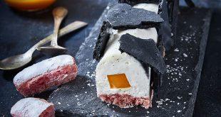 Bûche mangue, St Môret® Réduit en sel et meringue au charbon
