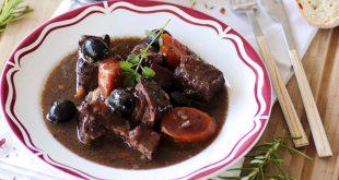 Bœuf bourguignon aux olives d'Espagne