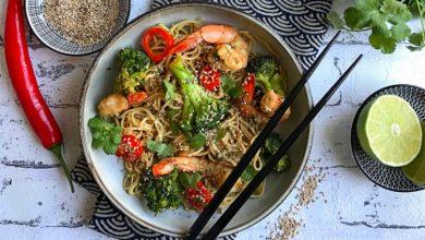 Photo de Wok aux crevettes et nouilles sautées