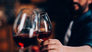 Photo de Comment ouvrir une bouteille de vin sans tire-bouchon ?