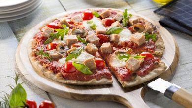 Photo de Pizza au pâté, chèvre et tomate