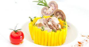 Timbale de macaronis à l'agneau comme un « Vol-au-vent »