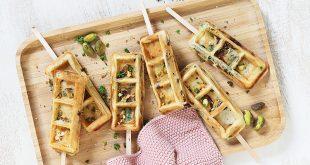 Gaufres en sucettes aux pistaches et tomates séchées
