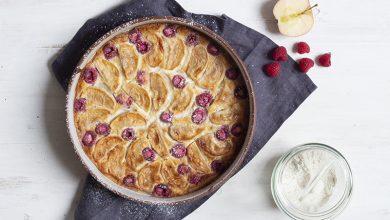 Photo de Clafoutis pommes-framboises à la farine de quinoa