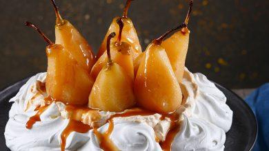Photo de Pavlova de poires et caramel à la fleur de sel de Guérande le Guérandais