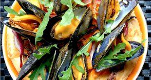 Pizza aux légumes et moules de bouchot de la Baie du Mont-Saint-Michel