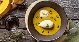 Velouté de potiron, crème de Chaource AOP, œuf poché et graines de courge