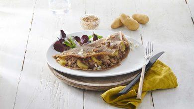Photo de Galette aux Ratte du Touquet, andouillette et sauce moutarde