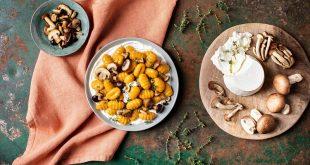 Gnocchi à poêler potiron, champignons, ricotta et thym