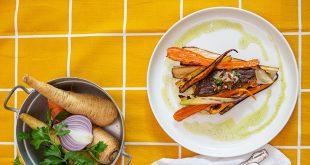 Onglet grillé, légumes anciens rôtis au sirop d'érable, sauce chimichurri