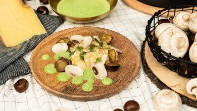 Photo de Célerisotto, châtaignes, champignons de Paris, Comté et émulsion de fanes de céleri rave
