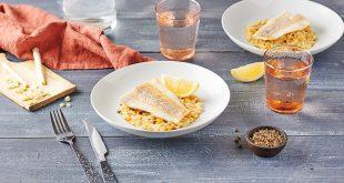 Filets de Colin d'Alaska rôtis, risotto d'avoine à la citronnelle et baies de Sansho
