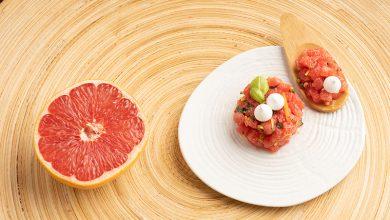 Photo de Salade de pamplemousse de Floride, meringue et spéculoos fins