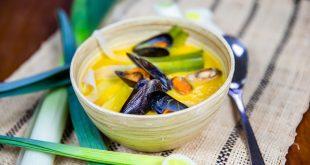 Velouté de poireaux de Normandie, carottes et moules poêlées